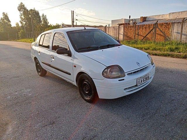 Clio 1.0 - Foto 3