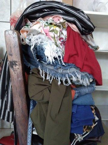 Lindo estoque de roupas femininas: 189 peças  - Foto 3