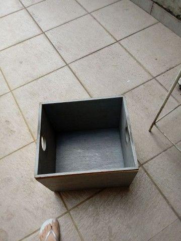 Caixa multiuso de madeira - Foto 2