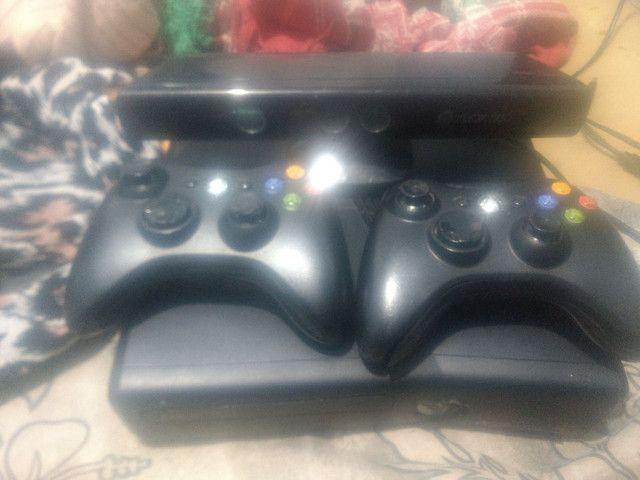 Vendo Xbox completo e destravado