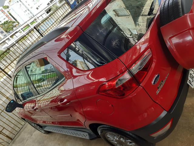EcoSport completa automática único dono com apenas 38.000 km