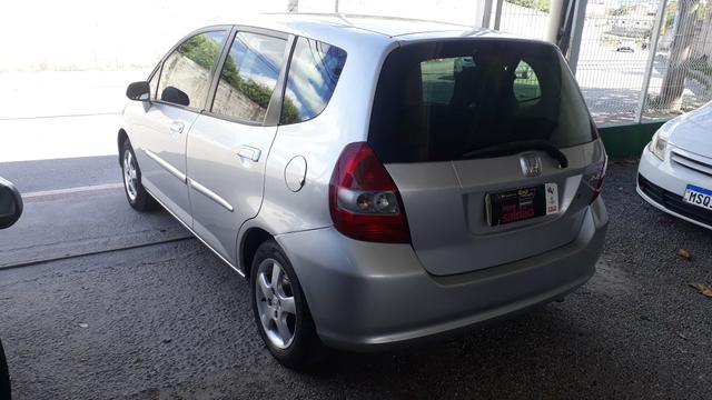 Honda fit 2005 completo aut. * financiamos sem entrada - Foto 6
