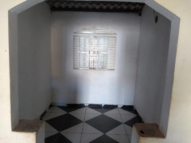 Qno 16 esquina - casa de 03 qts + casa de fundos - Foto 5