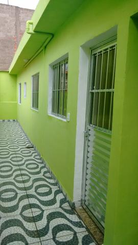 Casa Com 03 Comodos - Vila Carmela