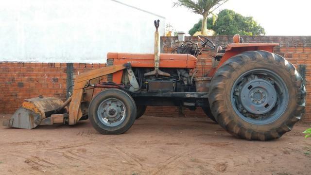 Trator Massey Ferguson 95X - Vermelho