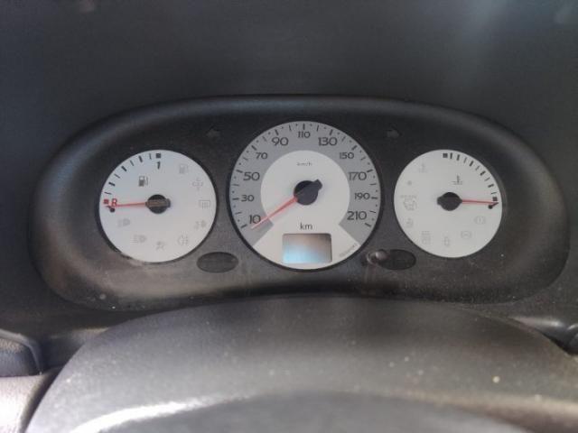 Renault clio hatch 2007 1.0 authentique 16v hi-flex 4p manual - Foto 6