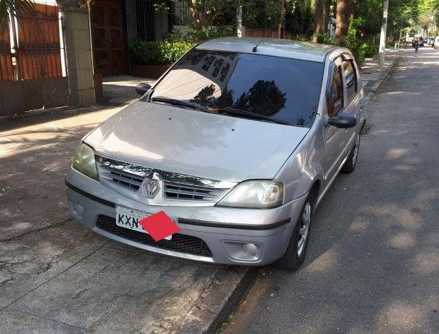 Renault Logan 1.0 - Foto 2