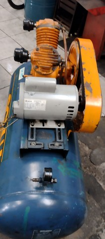 Compressor SCHULZ 200 litros - Foto 4