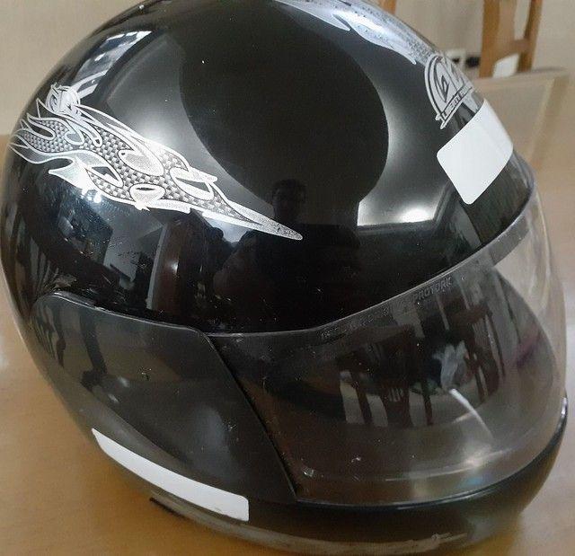capacete novo
