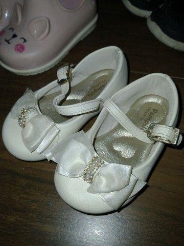 Sapatos menina 1, 2 anos - sandálias, botas, tênis - Foto 2