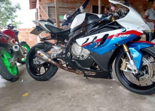 Vendo Excelente moto BMW S 1000 rr  a vista ou parcelado  - Foto 4