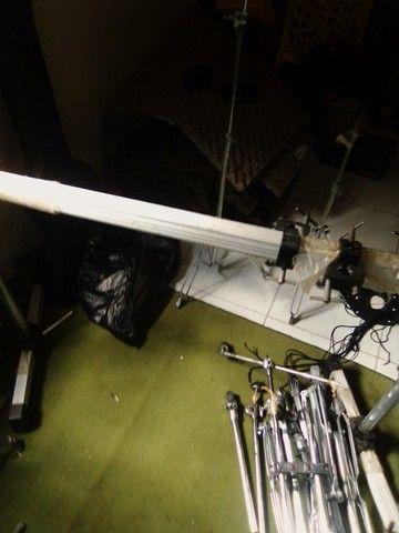 Rack + 6 clamp de bateria - Foto 4