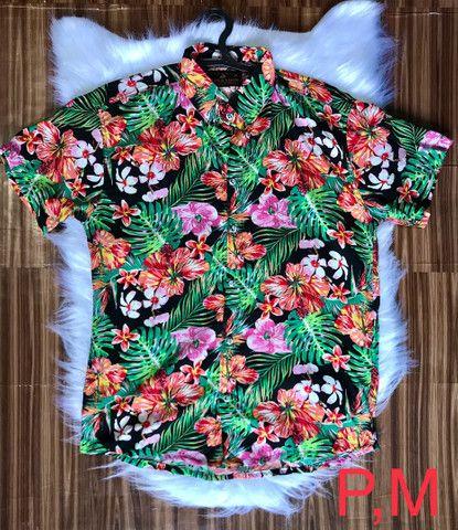 Camisas floridas em viscose - Foto 2