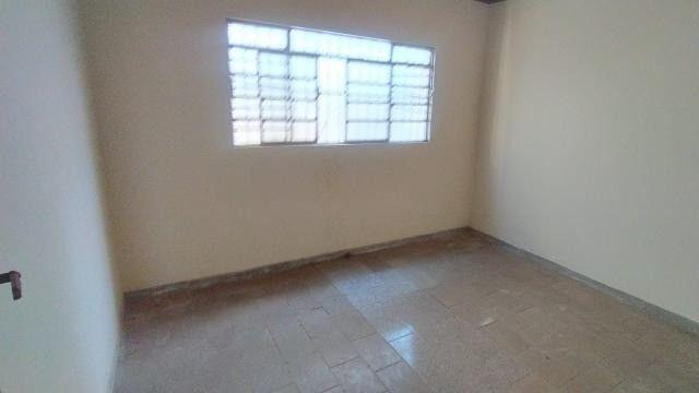 Casa Térrea com Salão Comercial - Foto 12