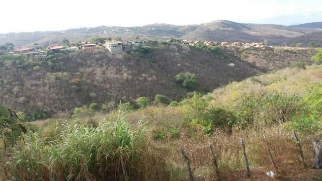 Área de 10 hectares para loteamento-escriturada- no centro de Gravatá-PE