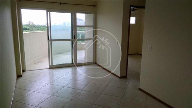 Apartamento à venda com 3 dormitórios cod:796418