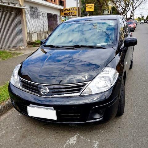 Nissan Tiida 2011 Única Dona