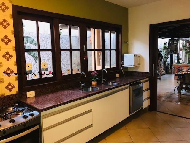 Vende Casa Cond. Fechado em Candelária 3 Suítes 5 Wc 320 mts² Dep.Comp - Foto 4