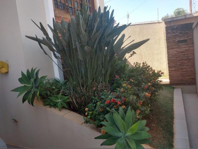 Linda casa com 03 suítes no bairro Jardim Paraíso em Patos de Minas/MG - Foto 12