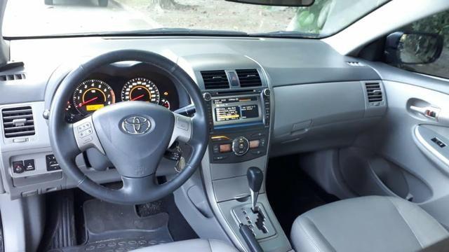 Toyota Corolla XEI-1.8 Flex com GNV 5aGeração com central Multimídia.Muito novo! - Foto 11