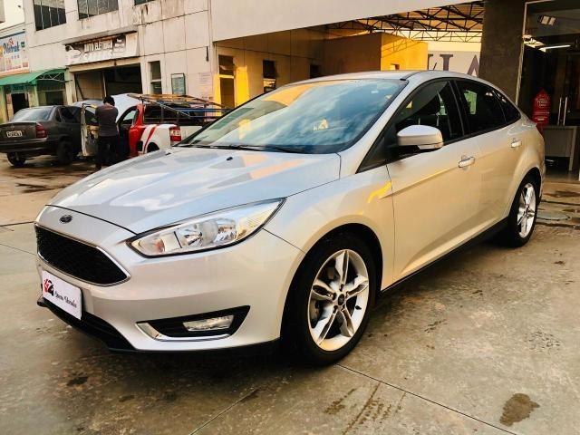 Focus Sedan 2.0 Flex Aut 2016 - Foto 2