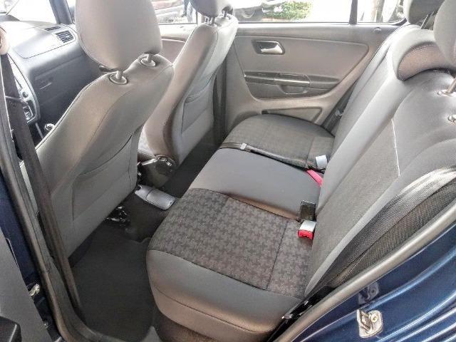 Volkswagen Fox CL 1.6 2015-(Padrao Gold Car) - Foto 7