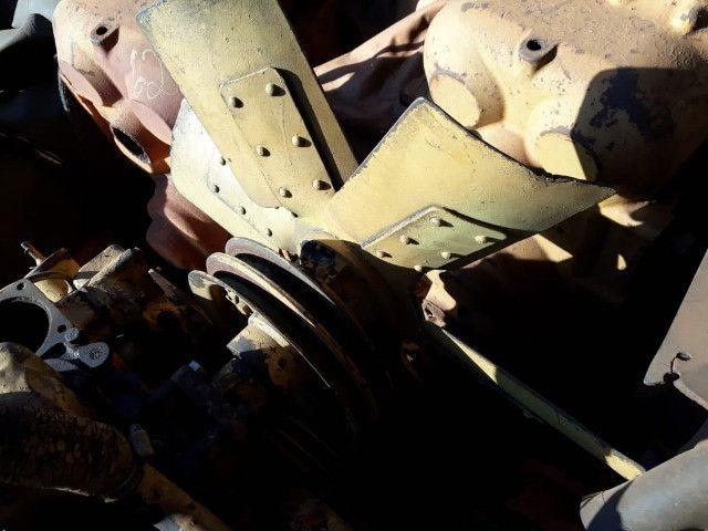 Motor Caterpillar 3304 com bomba injetora dosadora - Foto 2