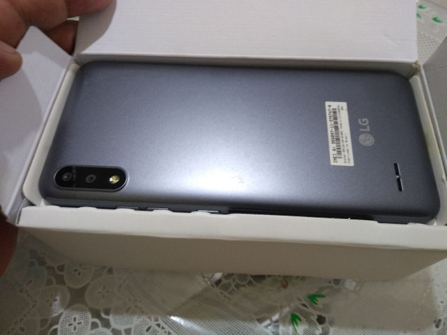 LG k22 novo na caixa nota fiscal garantia - Foto 5