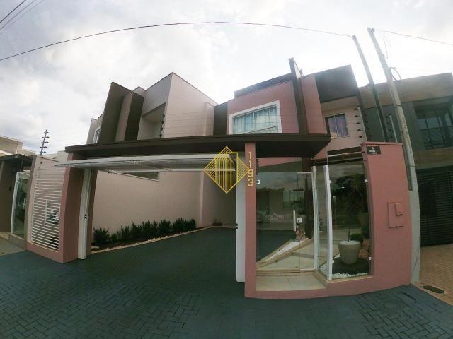 Sobrado à venda, 03 Suíte, 03 Vagas de garagem, Vila Industrial - Toledo/PR