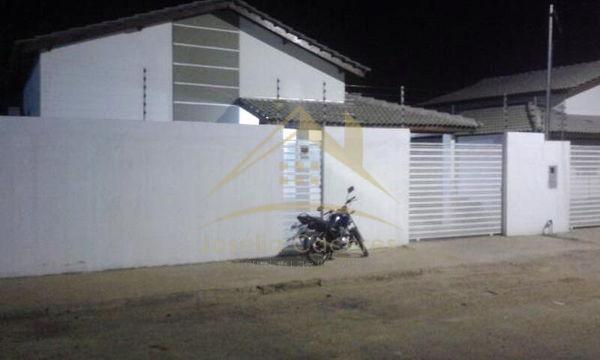 Casa com 2 quartos - Bairro Santa Maria I em Várzea Grande