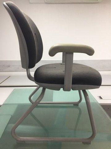 Cadeiras usadas para escritório  - Foto 2
