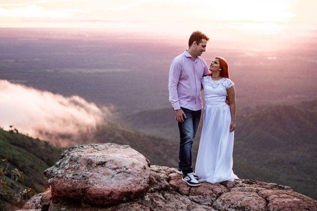 Vestido de noiva e buquê - Foto 4