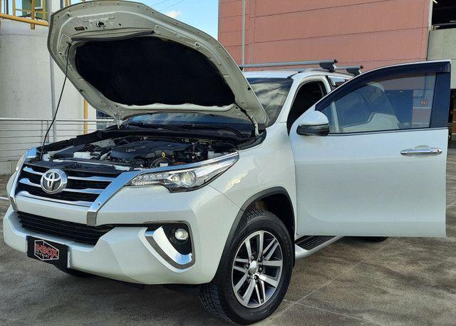 Hilux SW4 2.8 SRX 4X4 Diesel * IPVA 2021 Pago * Garantia de Fábrica * Único Dono * - Foto 9