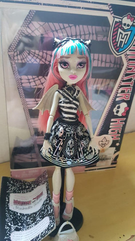 *lote* 5 bonecas Monster high - Foto 5