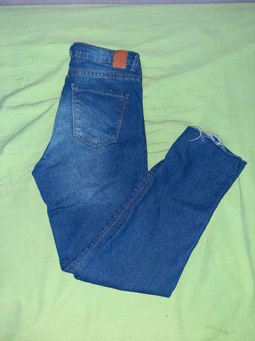 Calça jeans, número 36, APENAS 40 REAIS - Foto 2