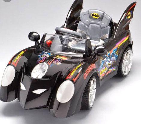 Carro elétrico batman