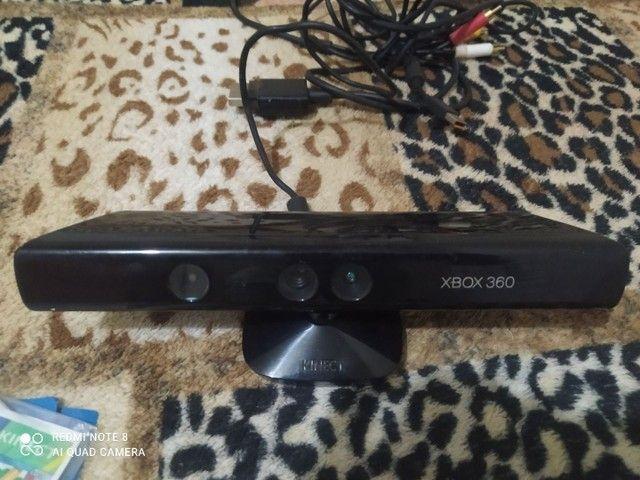 Vendo Kinect com jogo para Xbox 360