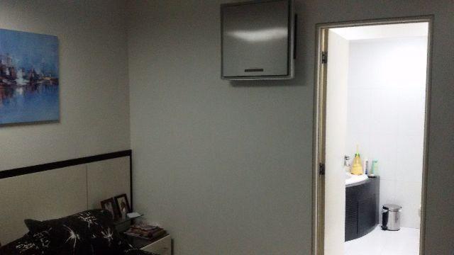 Cobertura duplex nascente reformada e mobiliada - Foto 12