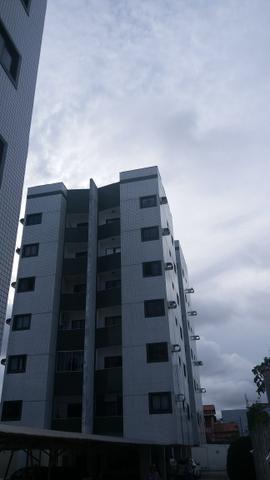Apartamento na Av.Ayrton Senna
