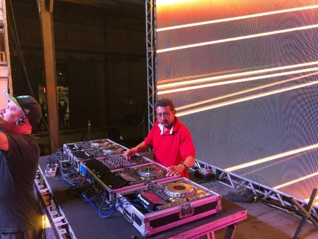 DJ - Aluguel de Equipamentos de Som e Iluminação (com ou sem DJ) para sua festa ou evento - Foto 6