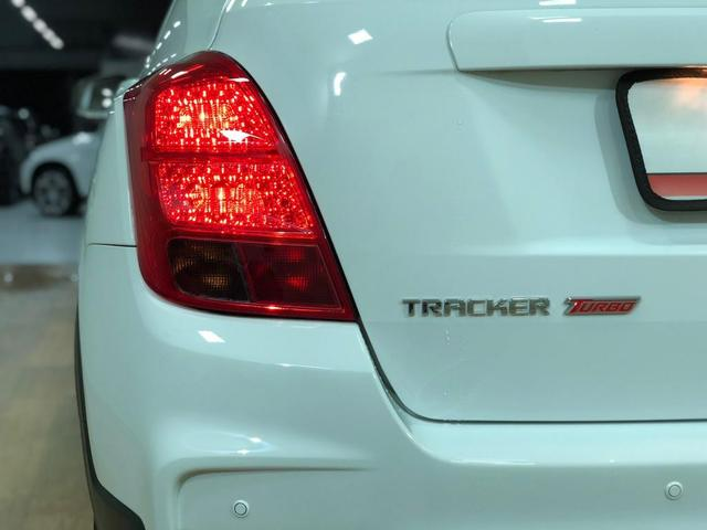 Tracker lt 1.4 turbo 2018 com apenas 13.000km. léo careta veículos - Foto 3