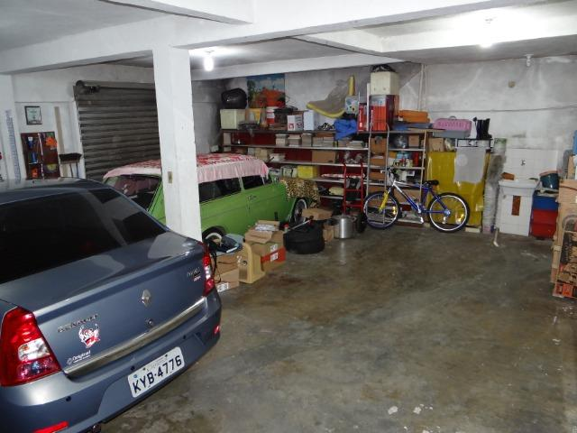 Casa com 2 moradias, 4 vagas e 1 salão de festas no Bairro Castrioto - Foto 5