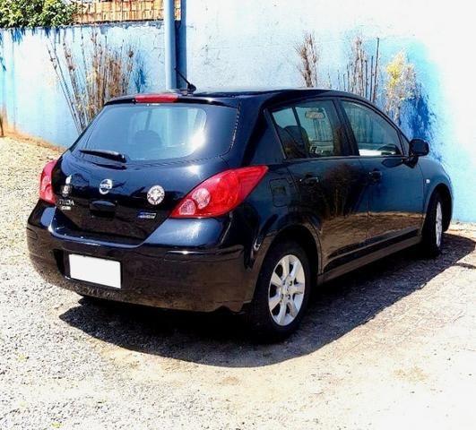 Nissan Tiida 2011 Única Dona - Foto 4