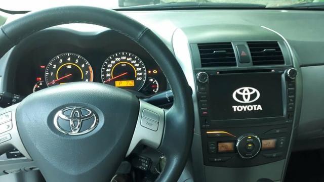 Toyota Corolla XEI-1.8 Flex com GNV 5aGeração com central Multimídia.Muito novo! - Foto 5