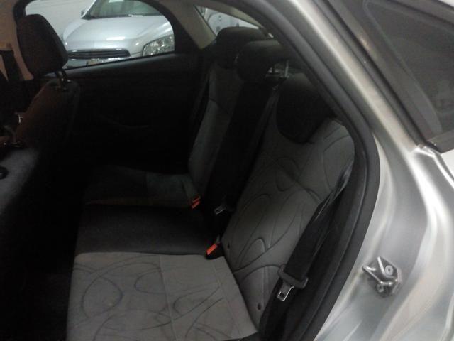 Procurar Anderson - Focus sedan 2.0 aut 14/15 prata completo só/53.483km - novo - - Foto 9