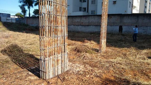 Área com projeto aprovado e fundação pronta para construção de condomínio - Foto 9
