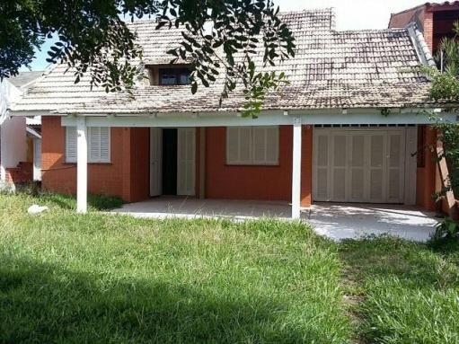 Casa para alugar com 3 dormitórios em Centro, Tramandai cod:9901