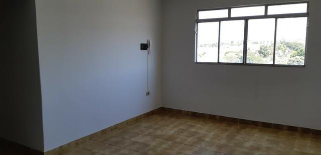 Apartamento de 2 quartos em frente a Praça Central - Foto 11