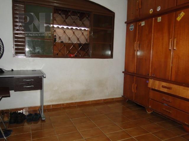 Vendo casa localizada no bairro Centro, em Barra do Garças-MT - Foto 3