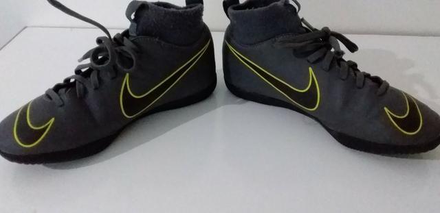 Botinha Chuteira Futsal N° 32 Nike Mercurial Superfly Original - Foto 3